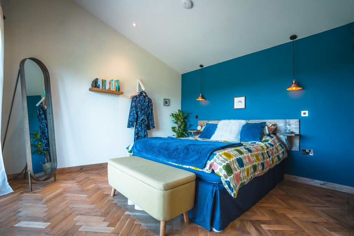 Colourful interiors in cool cabin