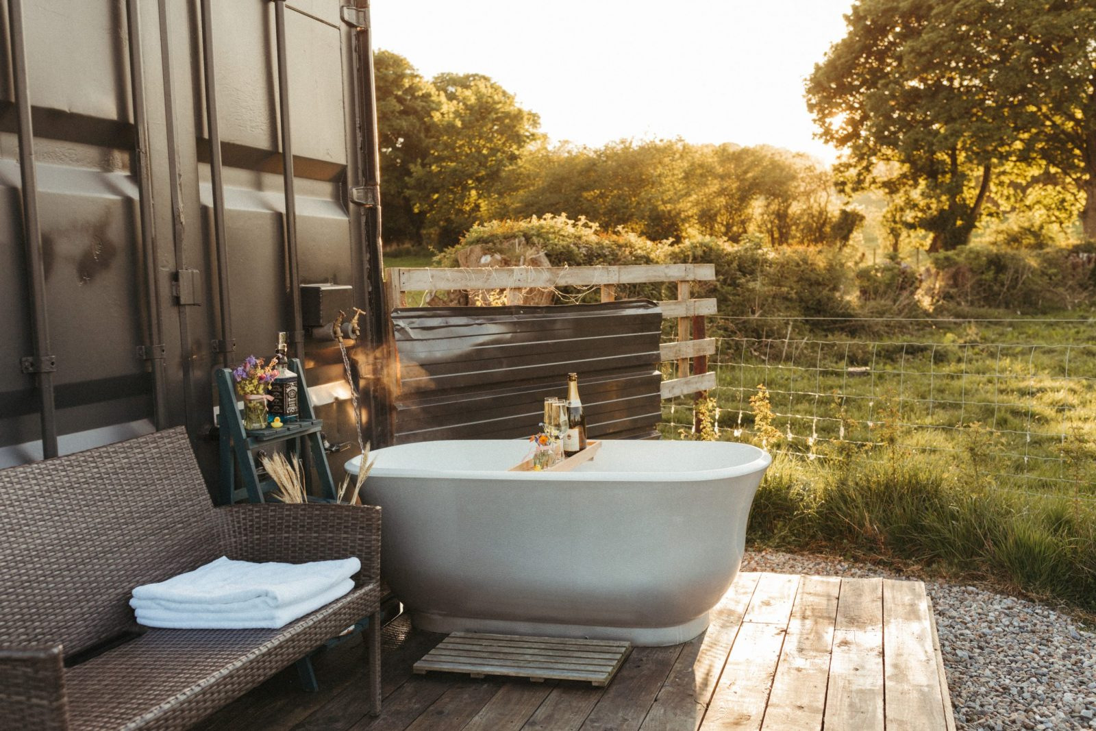 Outdoor bath at The Cargo Cabin, North Wales