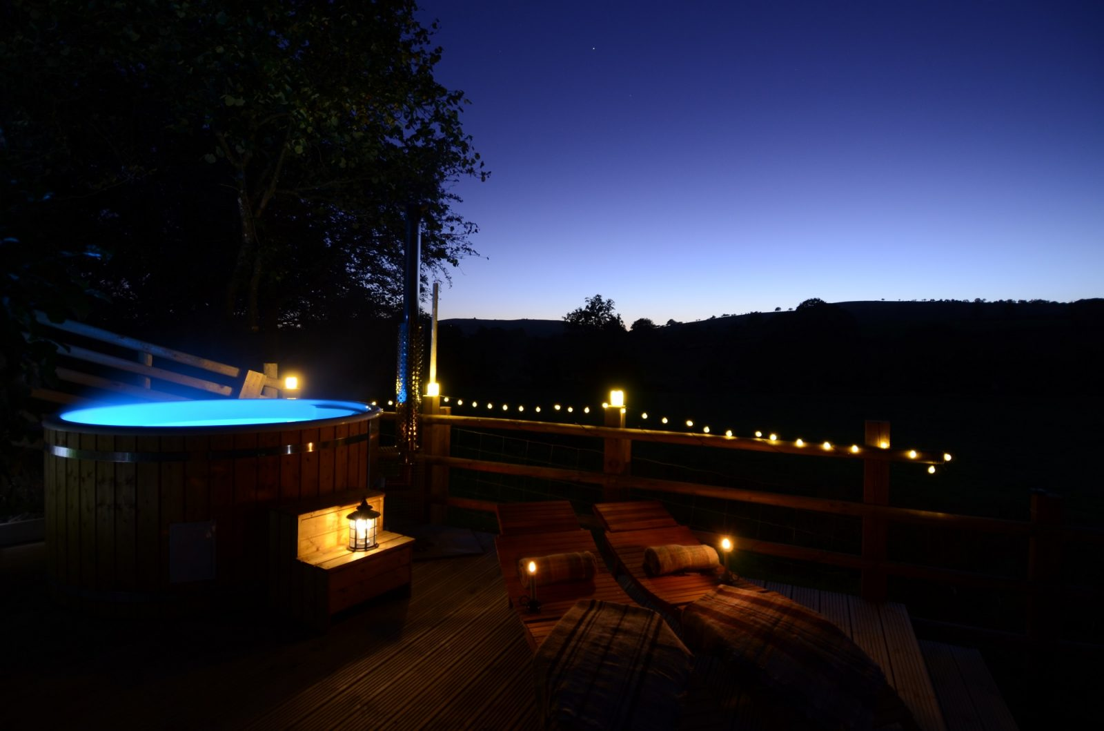 hot tub holiday under the stars