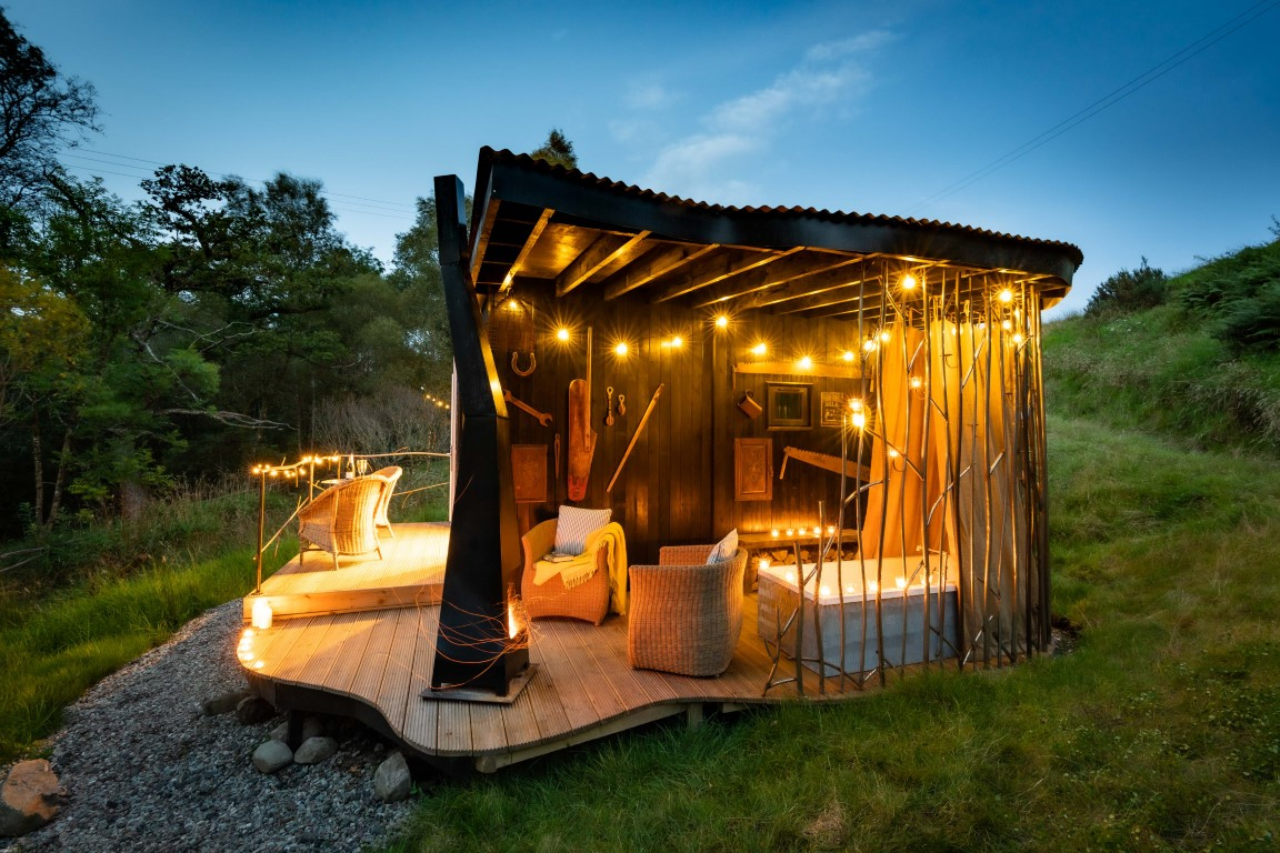 Arcadia Glamping outdoor bath